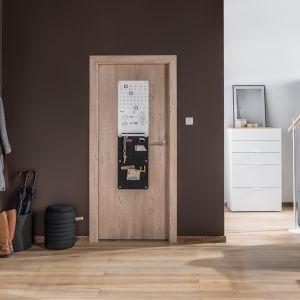 Drzwi Smart z powodzeniem sprawdzą się w kawalerkach czy pomieszczeniach o niezbyt dużej powierzchni. Fot. Porta i Vox