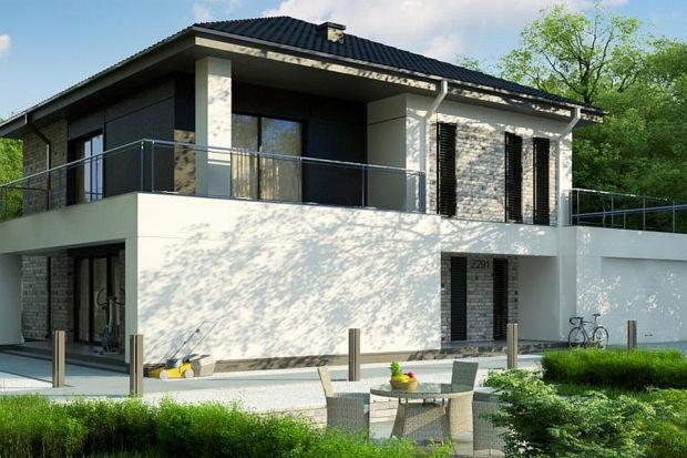 Prezentujemy projekt współczesnego, piętrowego domu z dachem wielospadowym oraz dwustanowiskowym garażem.