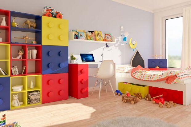 Kolorowe meble w pokoju małego ucznia
