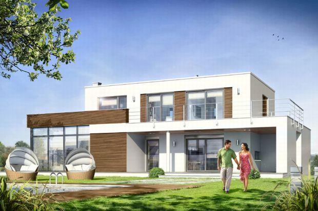 Projekt domu Willa l' Azur to elegancki, piętrowy dom jednorodzinny z płaskim dachem, przeznaczonym dla 4- lub 5-osobowej rodziny. Budynek składa się z głównej, jednopiętrowej bryły, otoczonej parterowymi dobudówkami, zadaszeniami i tarasami.
