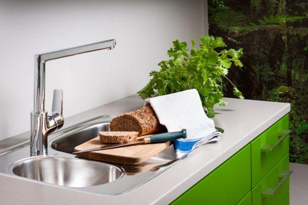 Spośród wszystkich stref kuchennych, jedną z najistotniejszych jest strefa zmywania, która ma ogromny wpływ na ergonomię całego wnętrza. Poznaj 5 zasad, które pozwolą zaaranżować ją tak, by przebywanie w kuchni było przyjemnością a nie prz