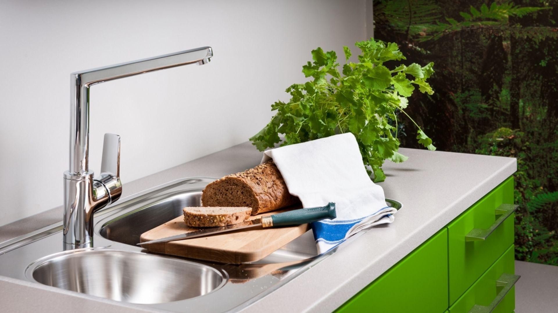 Dobierając zlewozmywak do swojej kuchni należy wziąć pod uwagę wielkość samego pomieszczenia i to, czy posiadamy zmywarkę. Fot. Oras