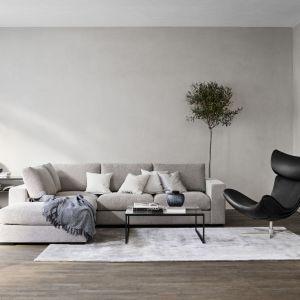 We wnętrzu urządzonym w stylu skandynawskim istotną rolę odgrywają naturalne akcenty. Pomieszczenia urządzone są praktycznie, estetycznie, a jednocześnie komfortowo. Fot. BoConcept
