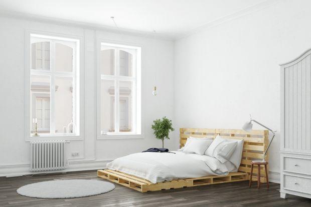 Łóżko z palet - zrób to sam