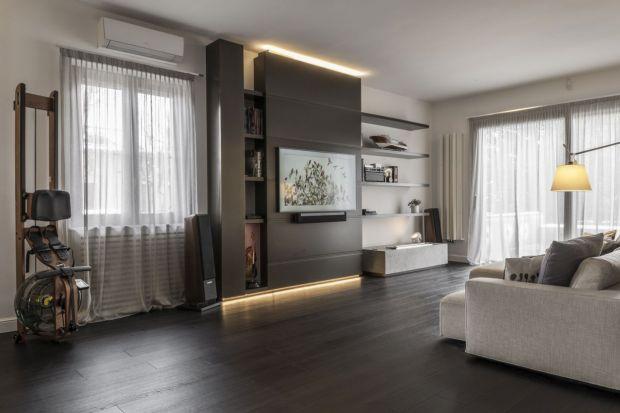 """Mediolański """"House of a collector"""", na każdym rogu dosłownie zaskakuje indywidualnie zaprojektowanymi wnętrzami, które posiadają własny niepowtarzalny charakter. Jednak w przeszłości nie zawsze tak było. Ten efekt udało się uzyskać"""