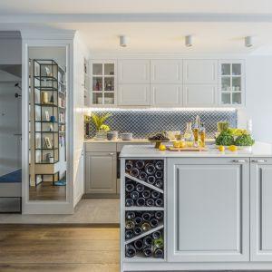 Połączenie salonu z kuchnią to bardzo często duże wyzwanie aranżacyjne. Fot. Pion Poziom Fotografia Wnętrz