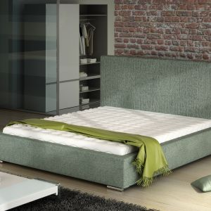 """Odpowiednio dobrany materac, nakładka, łóżko odznaczające się stylowym designem – te elementy sprawiają, że posłanie jest komfortowe i """"skrojone"""" na miarę indywidualnych potrzeb. Co więcej, dzięki niemu po prostu czerpiemy przyjemność z przebywania we własnej sypialni. Fot. Comforteo"""