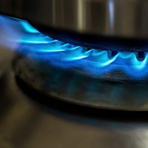 """Tlenek węgla nie bez powodu nazywany jest """"cichym zabójcą"""" – to bezwonny, bezbarwny i silnie trujący gaz, który powstaje w wyniku niepełnego spalenia paliwa w urządzeniu grzewczym. Fot. Jawar"""