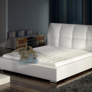 Łóżko tapicerowane Emilio. Fot. Comforteo