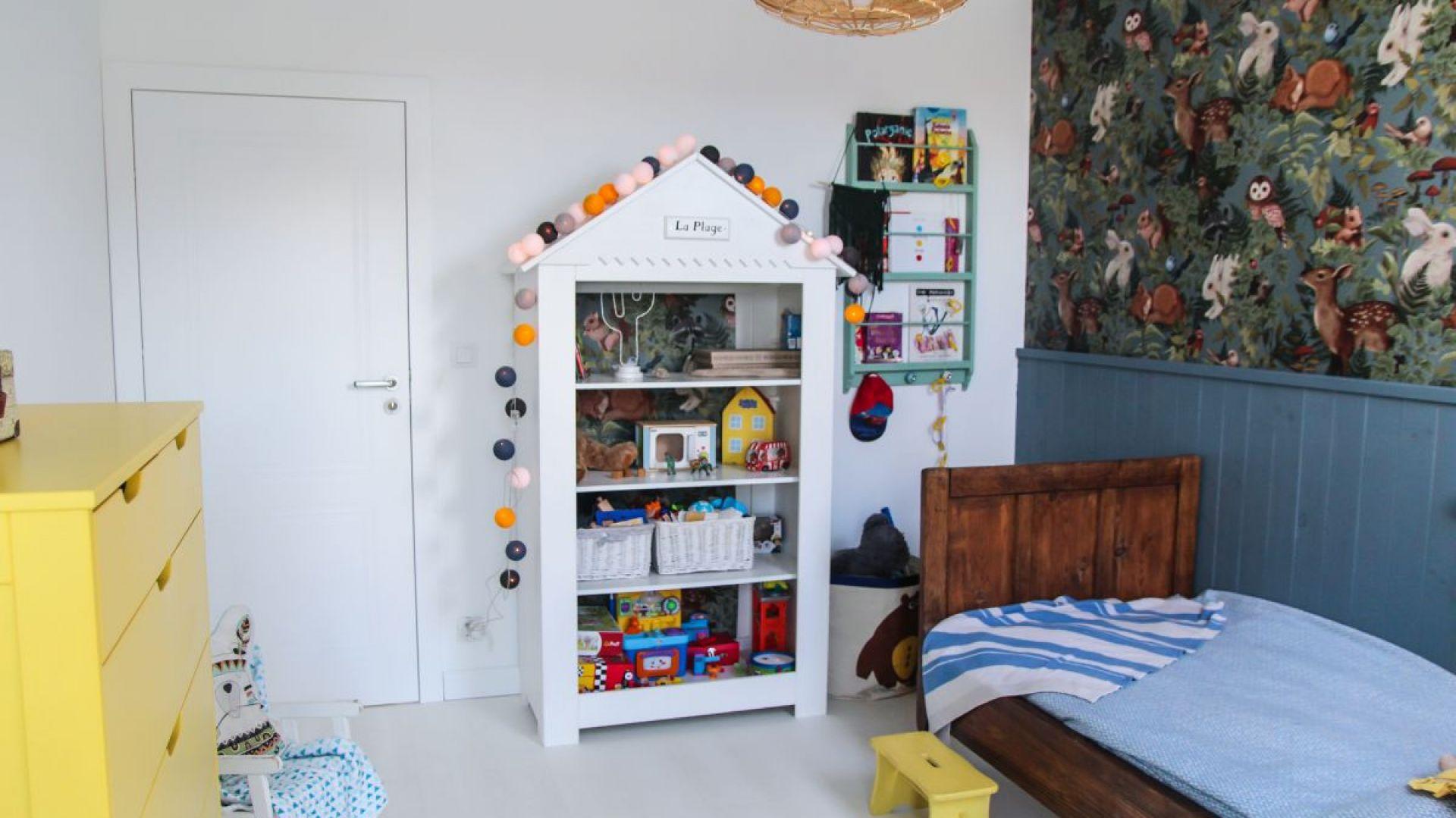 Drzwi Porta Vector Premium. Stworzą subtelne tło z białą ścianą, kierując uwagę na oryginalne dziecięce meble i dodatki. Fot. Porta