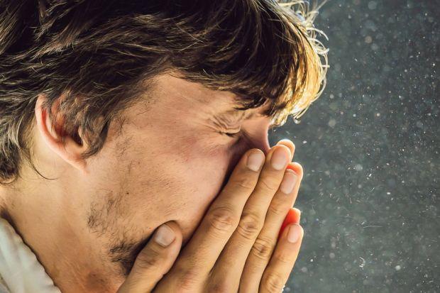 Według badań Epidemiologia Chorób Alergicznych w Polsce, przeprowadzonych przez Zakład Profilaktyki Zagrożeń Środowiskowych i Alergologii Wydziału Nauki o Zdrowiu Warszawskiego Uniwersytetu Medycznego, nawet 40% Polaków deklaruje, że posiada obj