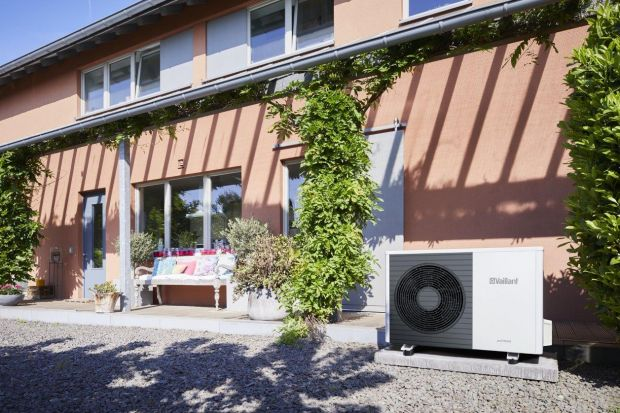 Prawie połowa Polaków uważa, że największą część zużywanej energii w gospodarstwie domowym stanowi energia elektryczna wykorzystywana do zasilenia urządzeń AGD i RTV oraz do oświetlenia. Co zaskakujące, według statystyk GUS energia elektryc