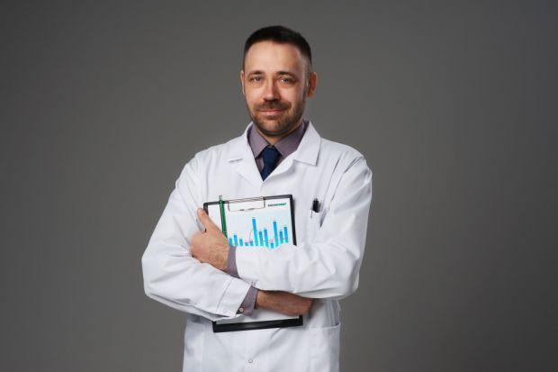 O tym, jak ochronić się przed negatywnymi skutkami smogu, opowiada Dominik Konieczny, ekspert z firmy Brookvent.