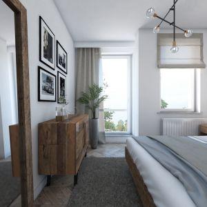 Z drewna z odzysku są szafki nocne, komoda, łóżko z zagłówkiem, a nawet rama lustra. Fot. MGN