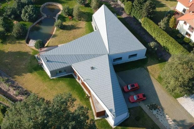Dom w Łodzi inspirowany kształtem wiatraka