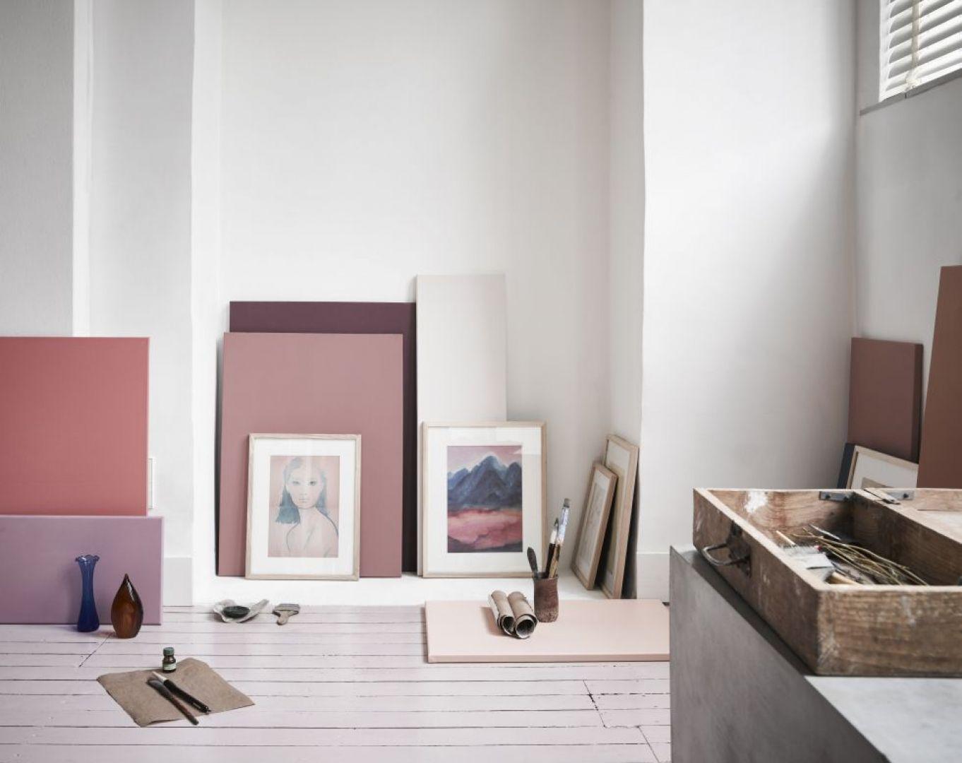 Nowe trendy we wnętrzarstwie mają wyraźny cel – wprowadzenie do naszych mieszkań ciepłej, przytulnej atmosfery. Fot. Dutchhouse