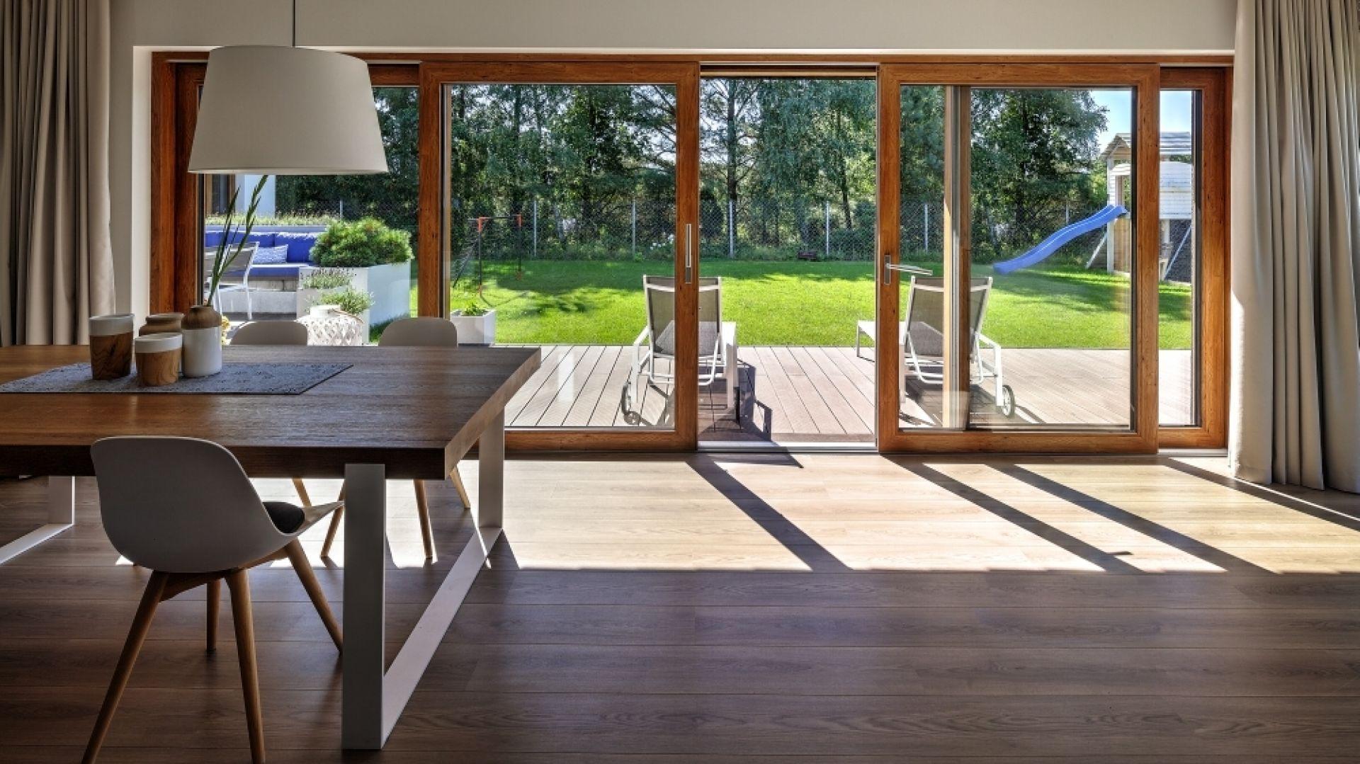 W produkcji okien z PVC coraz częściej wykorzystuje się tworzywo pochodzące z recyklingu. Fot. MS więcej niż Okna