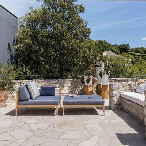 Prostota formy, najwyższa jakość materiałów i niewymuszona elegancja - to trzy główne cechy wyróżniające meble ogrodowe Smania. Fot. Archidzieło