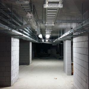 Podziemne pomieszczenia na stacjach metra warszawskiego. Fot. CentroClima