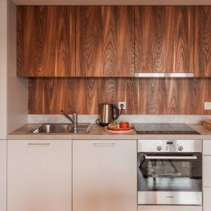Istnieją reguły, które pomagają nam zorganizować przestrzeń kuchenną. Jedną z nich jest zasada trójkąta.  Fot. KODO