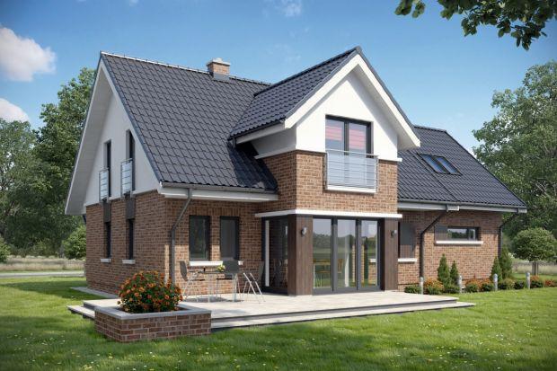 TK10GL2 to projekt domu jednorodzinnego z poddaszem użytkowym, odpowiedni dla rodziny 4-6 osobowej. Na parterze znajduje się atrakcyjna strefa dzienna z kominkiem i jadalnią, która dzięki dużym przeszkleniom otwiera się na ogród.