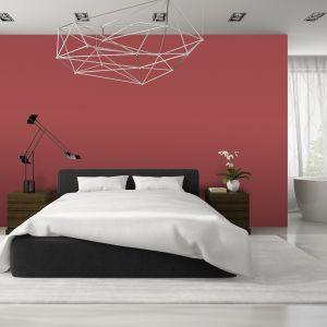 Przy aranżacji sypialni warto wykorzystać takie produkty do wykończenia i aranżacji wnętrz, które cechuje nie tylko estetyka, lecz również brak zawartości potencjalnie szkodliwych substancji. Fot. Magnat