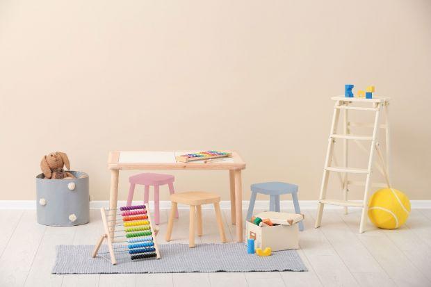 Podpowiadamy na co zwrócić uwagę urządzając pokój dziecka z alergią.