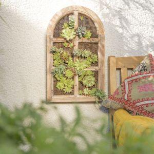 Wiszący ogródek będzie prawdziwą ozdobą każdego otoczenia domu. Fot. Bosch