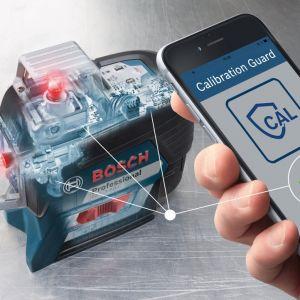 Modele z opcją komunikacji przez internet oferują funkcję ostrzegawczą Cal Guard − rozwiązanie, które informuje użytkownika o zdarzeniach mogących mieć wpływ na kalibrację przyrządu pomiarowego. Fot. Bosch
