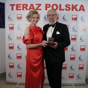 Na uroczystej gali firmę Uniwersal reprezentowali: Krzysztof Nowak v-ce prezes zarządu i Anna Pawlik Gonera gł. specjalista ds. marketingu i wizerunku. Fot. Uniwersal