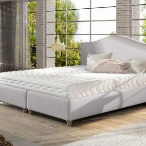 Łóżko tapicerowane Clara. Fot. Comforteo