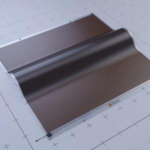 Łatwiej jest dziś uzyskać wysoką sprawność z ogniwa perowskitowego o małej powierzchni, na przykład wielkości centymetra kwadratowego, niż z ogniw o powierzchni relatywnie dużej. Obecnie prace naukowców skupione są na zwiększeniu sprawności dużych ogniw perowskitowych. Fot. Saule Technologies