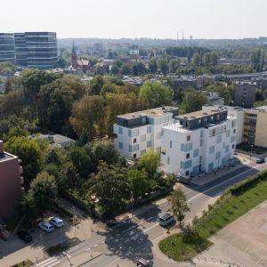 Funkcjonalna Abstrakcja. Apartamentowce Złota 19. Katowice. Fot. Tomasz Zakrzewski/Archifolio