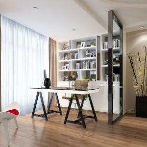 Aranżując domowe biuro warto zadbać o subtelne wydzielenie przestrzeni. Na zdjęciu panele podłogowe Wiparquet Authentic 8 Realistic Dąb Bretoński. Fot. RuckZuck