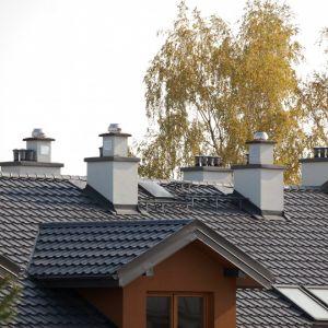 Najnowsze systemy kominowe zwiększają ciepło w domach poprzez eliminowanie wszelkiego rodzaju doprowadzenia zimnego powietrza. Fot. Jawar