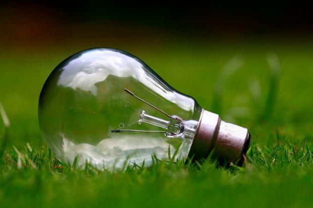 """Mikroinstalacje OZE dofinansowane do tej pory z rządowego programu """"Mój prąd"""" pozwoliły na pokrycie zapotrzebowania na energię aż 12 160 gospodarstw domowych. 15 listopada w trakcie 4 Buildings 2019 Piotr Woźny, prezes NFOŚiGW i pełnomocnik p"""
