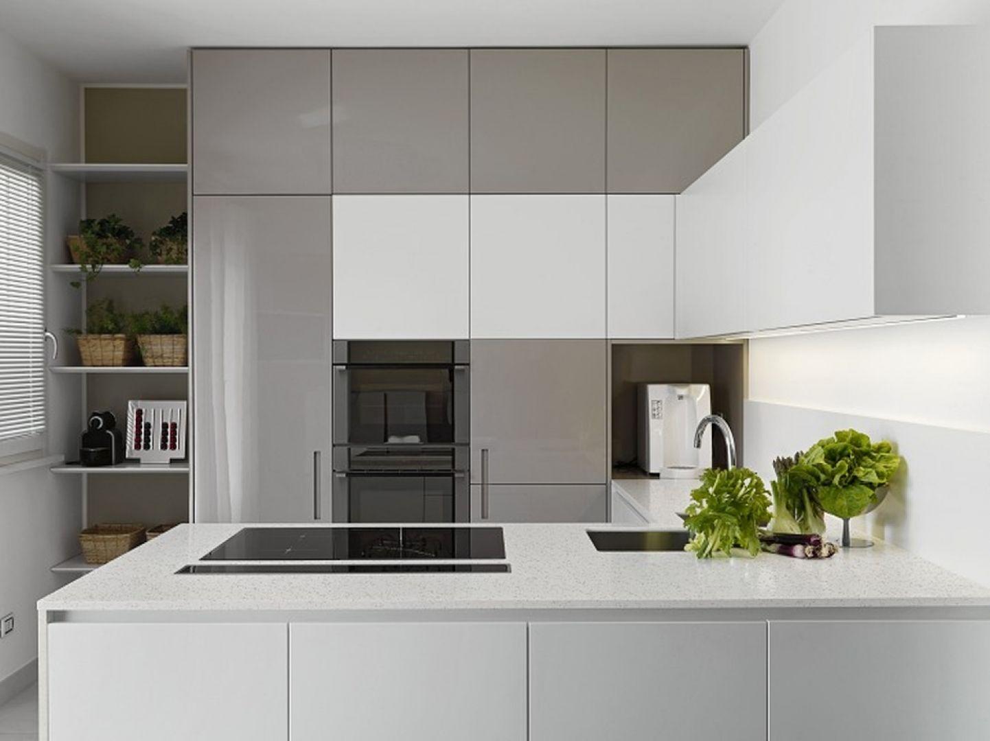 Warto pamiętać o tym, by kuchenne wnętrze było piękne, ale i funkcjonalne, a to oznacza ergonomiczne ułożenie sprzętów i mebli. Fot. TechniStone