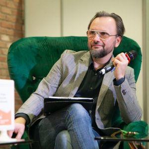 Artur Indyka. Forum Dobrego Designu 2019. Fot. Paweł Pawłowski