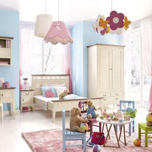 Meble do pokoju dziecięcego Rosa to propozycja dla tych, którzy chcą urządzić przestrzeń dziecka stylowo i elegancko. Fot. Meble Matkowski