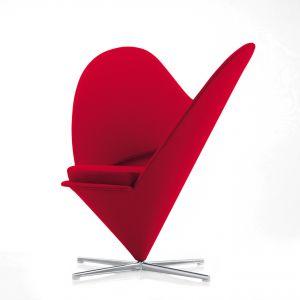 Serce Cone Chair, Verner Panton design 1959, twórca: Marc EggimannFot. © Vitra