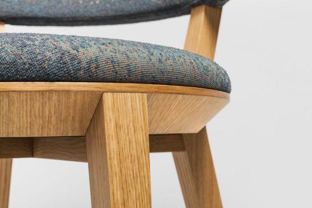 Promocja na krzesło projektu Tomka Rygalika