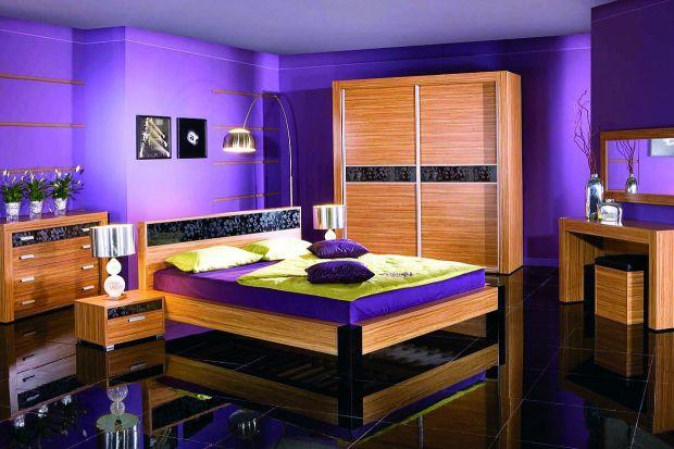 Trudno mówić o jednym wyraźnym trendzie w wyposażeniu sypialni. Różnorodność stylistyczna w tym zakresie jest na naszym rynku coraz większa.