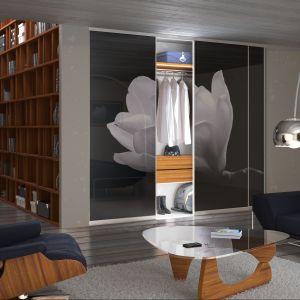 Zadrukowane szkło komponuje się w najbardziej prestiżowych wnętrzach, w towarzystwie mebli i dekoracji stanowiących ikony designu. Fot. Komandor