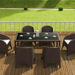 Fotele ogrodowe Aruba firmy Siesta i stół Thaiti. Fot: Home Garden Art.