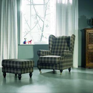 """Klasyczny zestaw wypoczynkowy """"Humphrey"""" firmy Sits wyróżnia się tapicerką w kratę. Fot. Sits."""