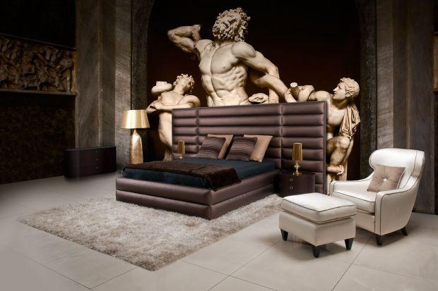 """We wszystkich salonach MAX-FLIZ trwapromocja na łóżka z kolekcji """"Maxliving"""". Do zakupu dowolnego modelu, producent dołącza elastyczny stelaż, który wpływa na poprawę komfortu snu."""
