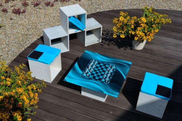 Meble ogrodowe – ze szkła, betonu i użytkowego pleksi