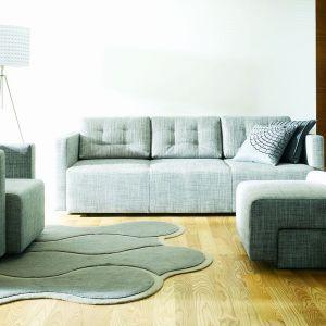 Kolekcja Tukan to meble, które pomogą stworzyć w salonie wygodną strefę wypoczynku. Fot. Noti