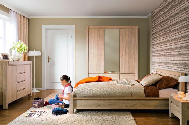 Surowe faktury drewna, konsekwentna prostota i stonowana, naturalna kolorystyka to cechy, które sprawiają, że kolekcja Agustyn jest zupełnie wyjątkowa.