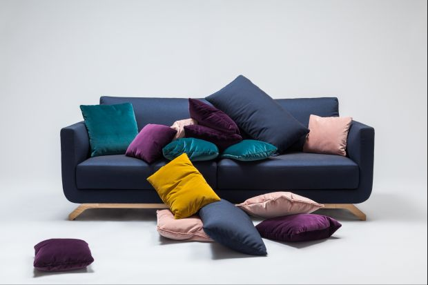 Ruszyła jesienno-zimowa oferta specjalna marki Comforty. W dniach od10 października do 31 grudnia 2014 roku, wszystkie produkty tapicerowane w tkaninach duńskiej marki Kvadrat można zakupić z 20% rabatem.